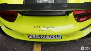 porsche 918 acid green porsche 918 spyder weissach package 23 june 2017 autogespot