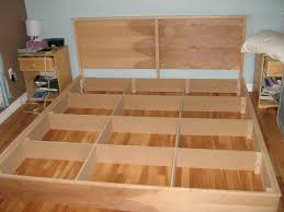 How To Build Platform Bed King Size by Easy U0026 Cheap Diy Hardwood King Platform Bed Plans Autodidaktos
