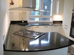 meubles pour cuisine cuisine avec plaque de cuisson et évier en angle meuble pour four