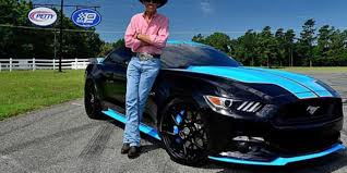 2015 mustang modified richard petty boosts ford mustangs to 727 horsepower