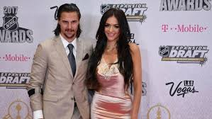 senators wife nhl star erik karlsson and wife lose son a month before due date