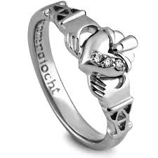 clatter ring purity claddagh ring lg purclad1