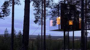 cool treehouse hotels in northern sweden