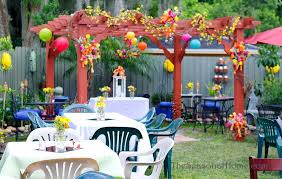Easter Decorations For Cheap by Ideas For A Budget Friendly Nostalgic Backyard Wedding