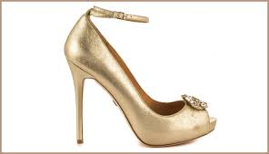 wedding shoes gold color top 8 bold beautiful bridal shoes livinghours