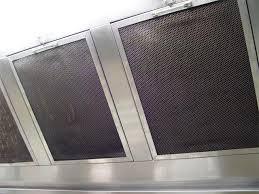 grille hotte cuisine nettoyer filtre hotte hotte aspirante pleine de graisse l 39 astuce