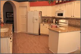 Cream Colored Kitchen Cabinets With White Appliances by Lovely Kitchens With Oak Cabinets And White Appliances