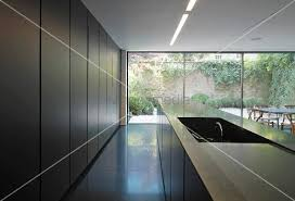 einbauschrank küche offene küche mit küchenblock vor einbauschrank und raumhoher