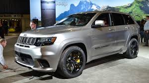 matte black jeep 2017 2018 jeep grand cherokee trackhawk has 707 hp of purring hellcat