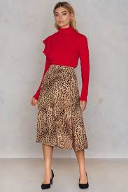 buy clothes and fashion online na kd nothing but style