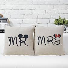 mr and mrs pillow disney discovery disney mr and mrs pillow cases