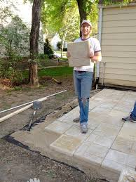 How To Lay Patio Stones by Diy Patio Pavers Home Design Photo Gallery