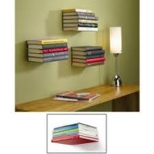 accessoire chambre etagère invisible pour ranger des livres dans une chambre d ado