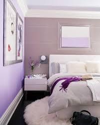wandgestaltung schlafzimmer lila tapeten mehr 12 ideen zur wandgestaltung im schlafzimmer einfach