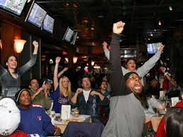 Top Sports Bars In Nyc The Best Sports Bars In Nyc To Watch Football