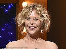 meg ryans haircut in you ve got mail meg ryan shocks with distinctly different appearance at the tony