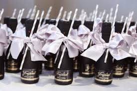 favors for wedding guests brilliant wedding guest favors 27 coolest drinkable wedding guest