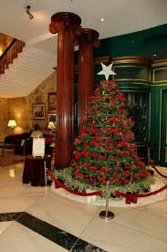 Simple Christmas Tree Decorating Ideas 30 Pictures Of Decorated Christmas Tree Designs