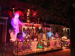check out this spectacular halloween display at this astoria home