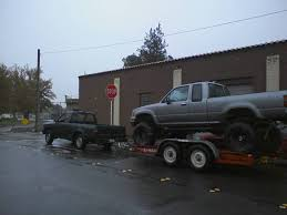 98 jeep towing capacity is a 20001 2 7 4cyl tacoma prerunner enough to tow a small