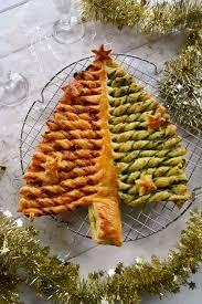 cuisine epinard sapin feuilleté au chorizo et pesto d épinards au fil du thym