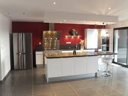 modele cuisine blanche cuisine blanche et erstaunlich mur de cuisine
