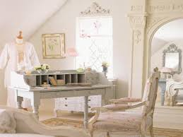 How To Say Curtains In French How To Say Kitchen In French Traditionalbedroom Parisian Tufted