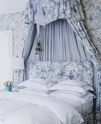 20 traditional blue and white bedrooms