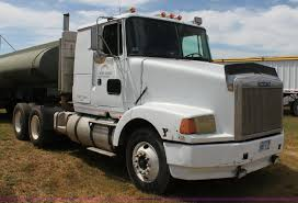 2013 volvo semi 1988 volvo white wia semi truck item h7367 sold septemb