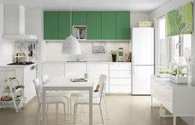 simulation cuisine ikea une cuisine ikea blanche et verte avec coin repas