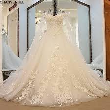robe de mari e de princesse de luxe ls41596 de luxe robes de mariée princesse avec longue cape ivoire