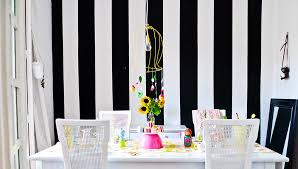 Funky Living Room Wallpaper - 24 bold ideas for striped walls brit co
