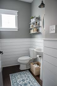 wainscoting bathroom ideas best 25 wainscoting bathroom ideas on bathroom paint