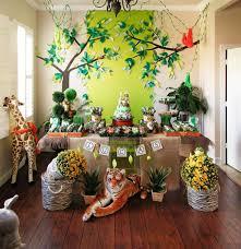 1st birthday party animal theme home party theme ideas