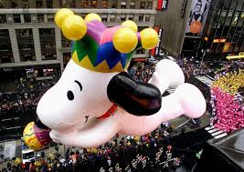 macy s parade floats so 90s you ll want to the macarena