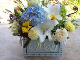 Baby Shower Centerpieces For A Boy by Baby Shower Flowers Arrangements The Flowers I Picked Up These