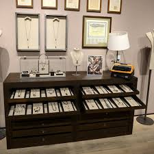 Hutch Jewelry 397 Best Jewelry And Booth Displays Images On Pinterest Display