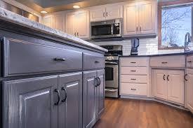 choosing kitchen cabinet paint colors choosing the right kitchen cabinet paint colors the