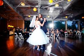 wedding dj how to find the right wedding dj for your tastes