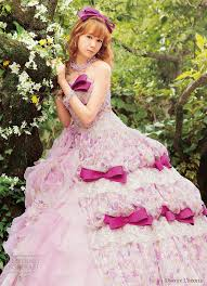 Unusual Wedding Dresses Really Unusual Colorful Wedding Dresses By Uno Et L U0027etoile