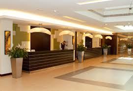 Security Front Desk Dubai Police Funds Training On Hotel Security Hoteliermiddleeast Com