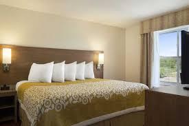 Country Comfort Hotel Belmont Days Inn U0026 Suites Belmont Belmont Hotels Oh 43718