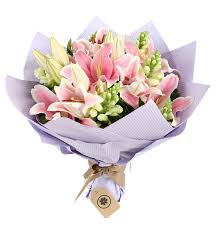 graduation flowers gift flowers hk send the graduation flowers