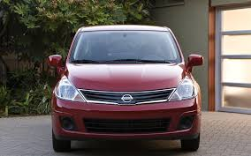 custom nissan versa nissan versa 1 6 2010 widescreen exotic car wallpapers 08 of 18