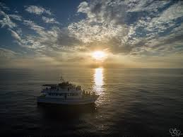 Houseboat Rental Near Los Angeles Best Booze Cruise Options Around The Los Angeles Area
