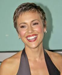 after chemo hairstyles alyssa milano short wavy formal pixie hairstyle formal shorts