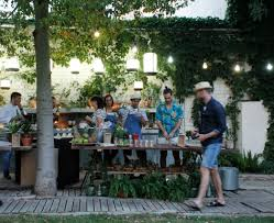 idee deco bar 55 idées déco garden party et éclairage une soirée mémorable