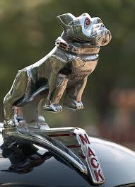 the bulldog became associated with mack trucks during world