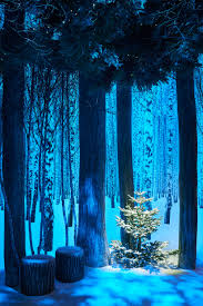 sir jony ive and marc newson design claridge u0027s christmas tree 2016