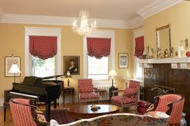 How Wide To Hang Curtains Where To Hang Drapes In A Window With Wide Molding Home Guides
